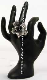 Classy Flower Glam Ring